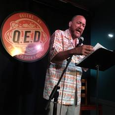 Oscar Sanders reads at Line Break #9 - click to view - mousewheel to zoom